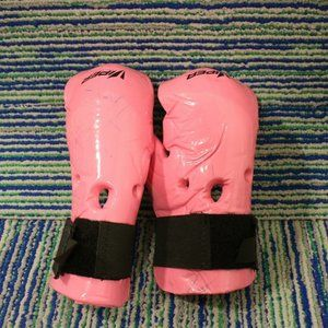 Pink Sparring Gloves Adult Small Karate Kick